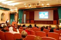Sr Lizel Naduma presenta una Tesi di Laurea sul tema: Conoscenza e applicazione delle diagnosi infermieristiche nella pratica clinica: divario tra teoria e prassi.